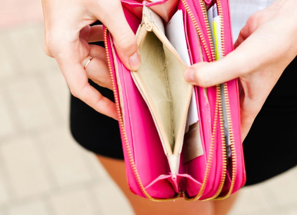 Почему нельзя давать деньги в долг