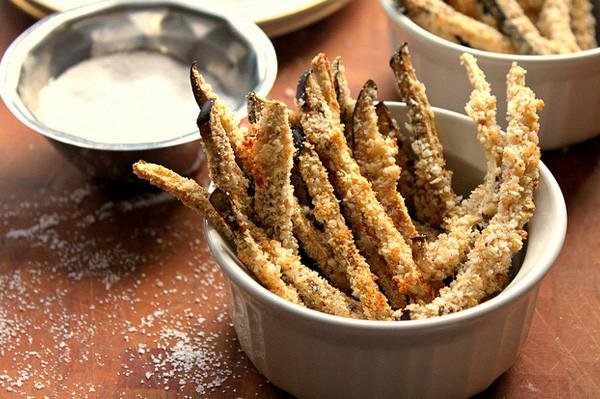 oven-baked-eggplant-fries