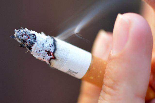 Как избавляться от въевшегося запаха табака. Как убрать запах табака в квартире или доме. Качественная генеральная уборка