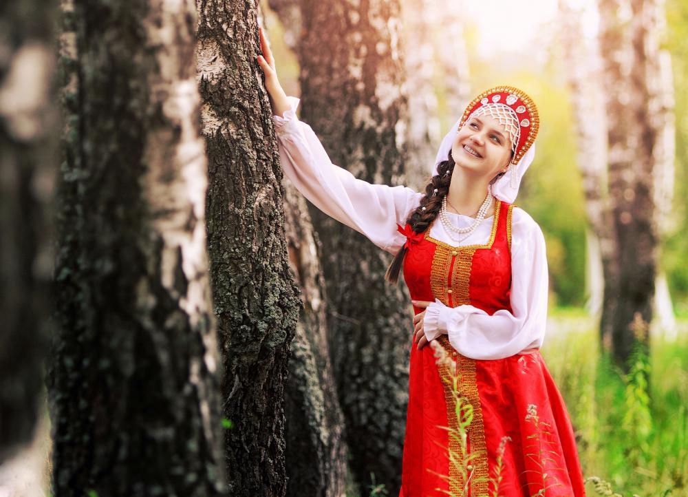фото красивых женщин за 40 русские на фоне природы