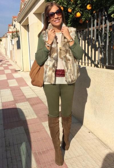 образ женщины 50 лет с меховым жилетом