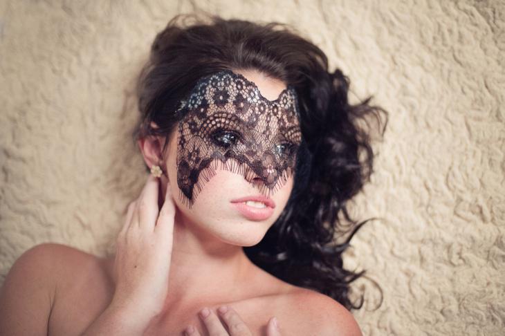 Кружевные маски для карнавала - просто, быстро, эффектно!