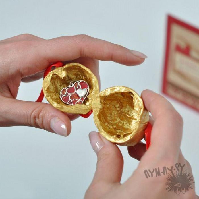 Орешки с секретом - отличная идея для подарков и сюрпризов
