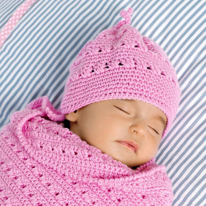 Детская шапочка с ажурным узором и летняя кепка для мальчика